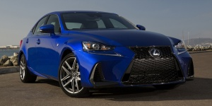 2018 Lexus IS Pictures