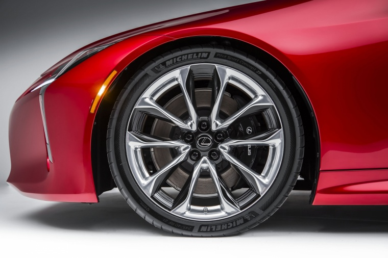 2018 Lexus LC 500 Coupe Rim Picture