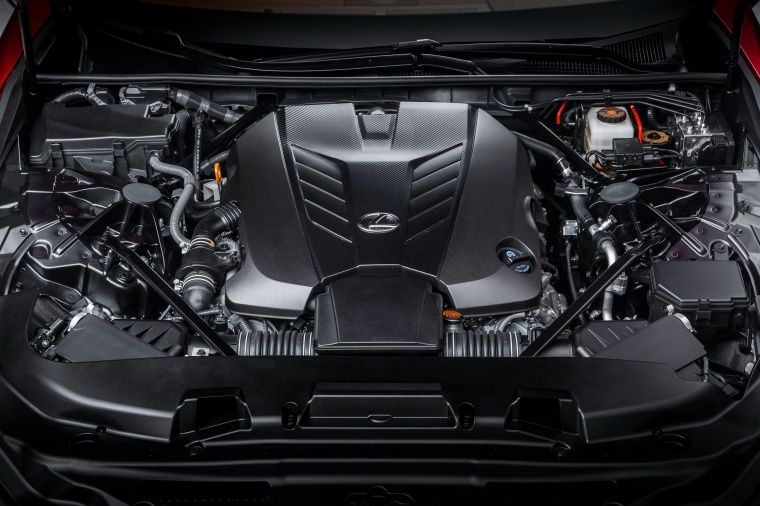 2018 Lexus LC 500 Coupe 5.0-liter V8 Engine Picture