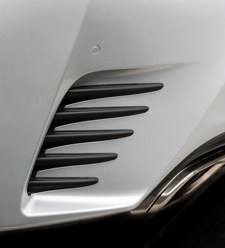 2016 Lexus RC350 F-Sport Rear Bumper Air Vent Picture