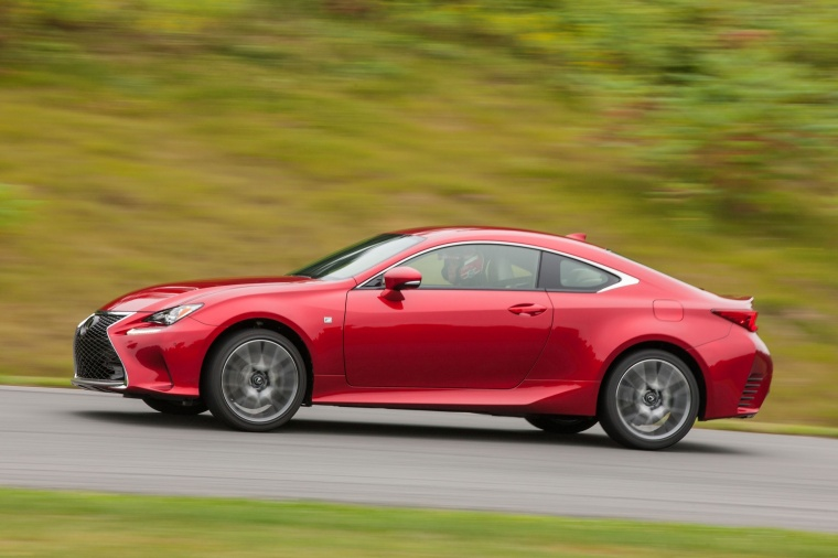 Driving 2016 Lexus RC350 F-Sport in Infrared from a side view