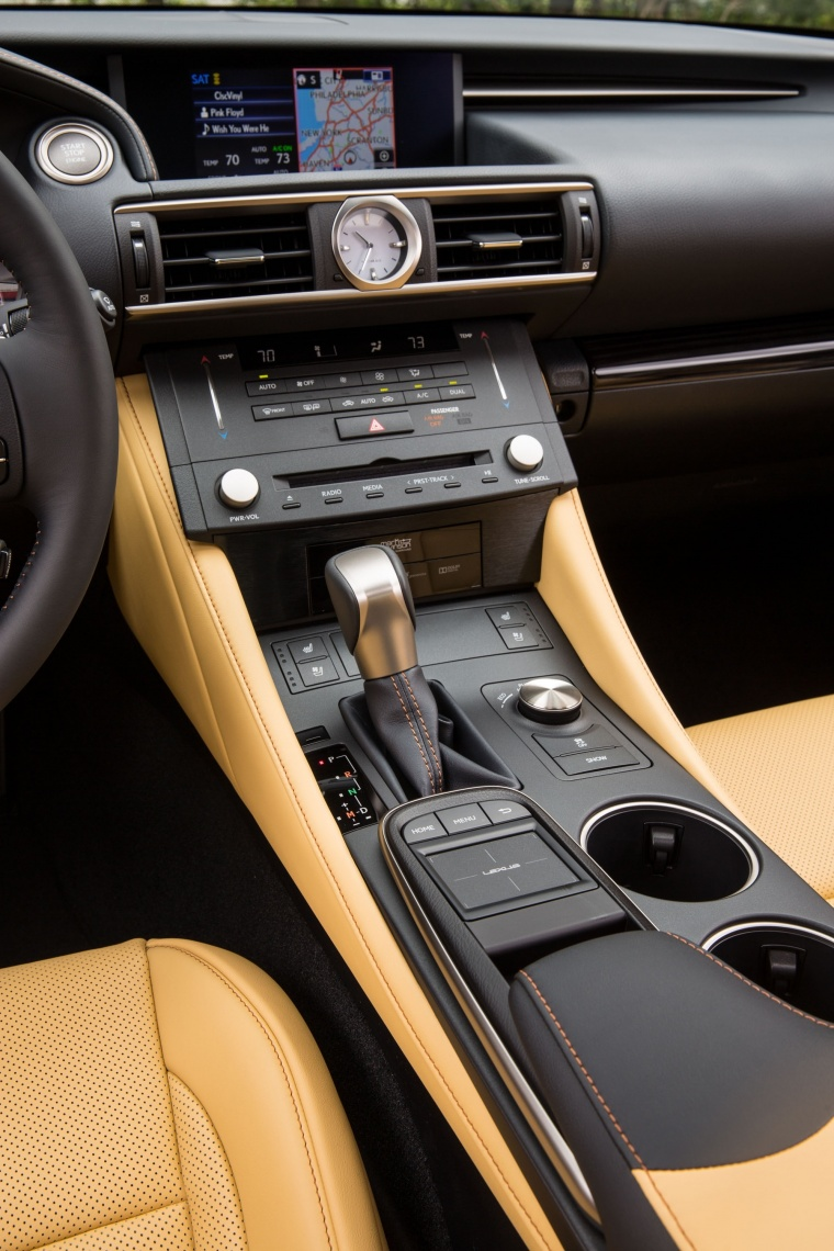 2016 Lexus RC350 F-Sport Center Console Picture
