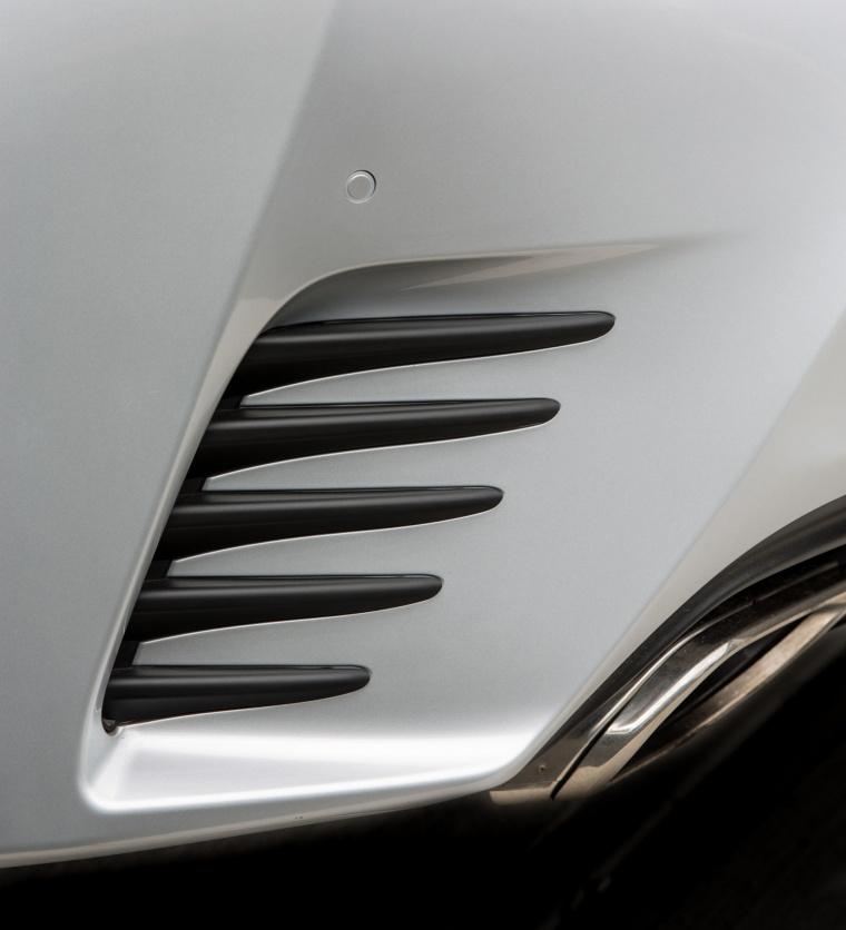 2017 Lexus RC350 F-Sport Rear Bumper Air Vent Picture