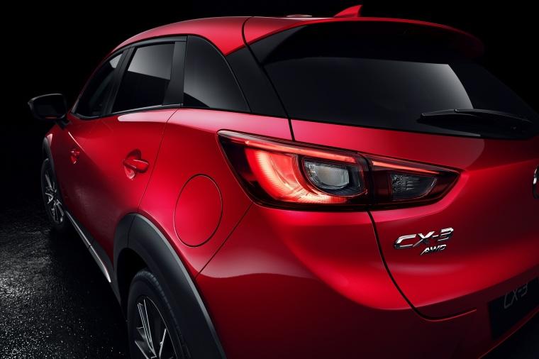 2017 Mazda CX-3 Tail Light Picture