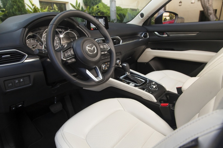 2017 Mazda CX-5 Grand Touring AWD Interior