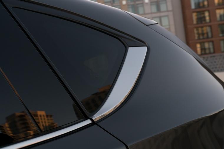 2018 Mazda CX-5 Rear Side Window Picture
