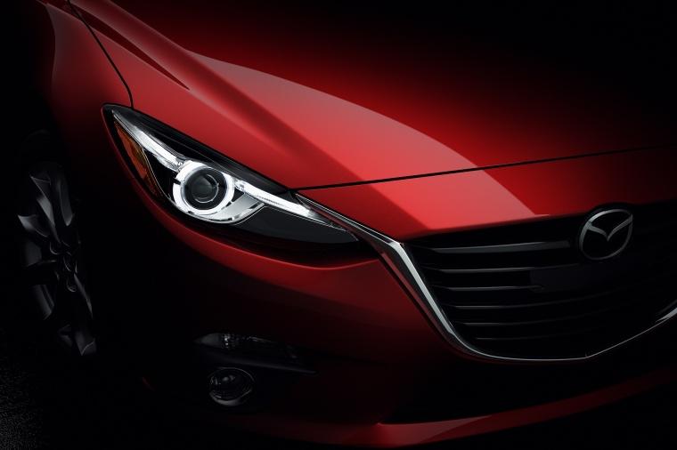 2015 Mazda Mazda3 Hatchback Headlight Picture
