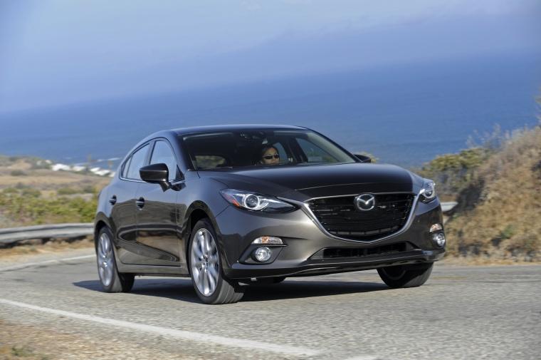 2016 Mazda Mazda3 Hatchback Picture