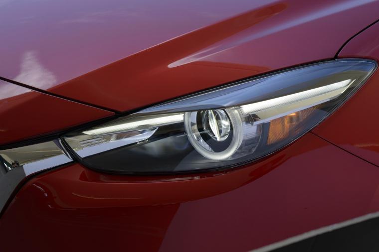 2018 Mazda Mazda3 Grand Touring 5-Door Hatchback Headlight Picture
