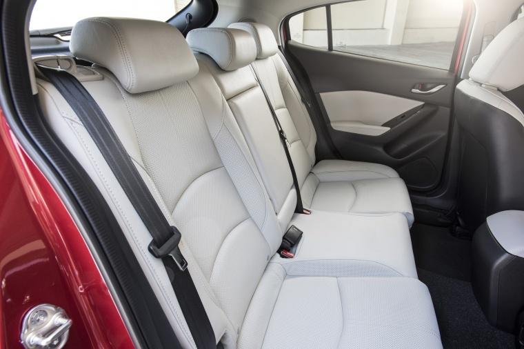 2018 Mazda Mazda3 Grand Touring 5-Door Hatchback Rear Seats Picture