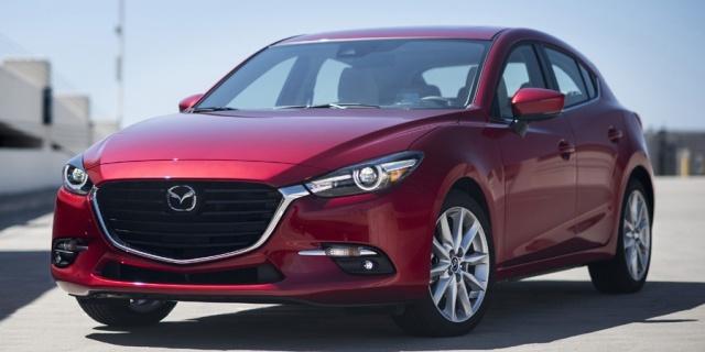 2018 Mazda Mazda3 Pictures
