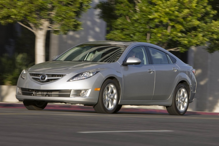 Driving 2010 Mazda 6s in Brilliant Silver Metallic from a front left three-quarter view