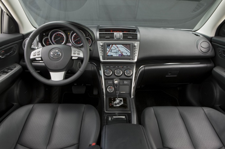 2010 Mazda 6s Cockpit in Black