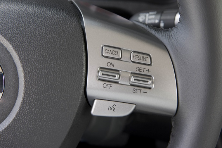 2010 Mazda 6s Steering-Wheel Controls