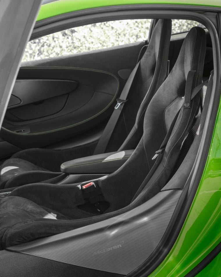 2016 McLaren 570S Coupe Front Seats Picture