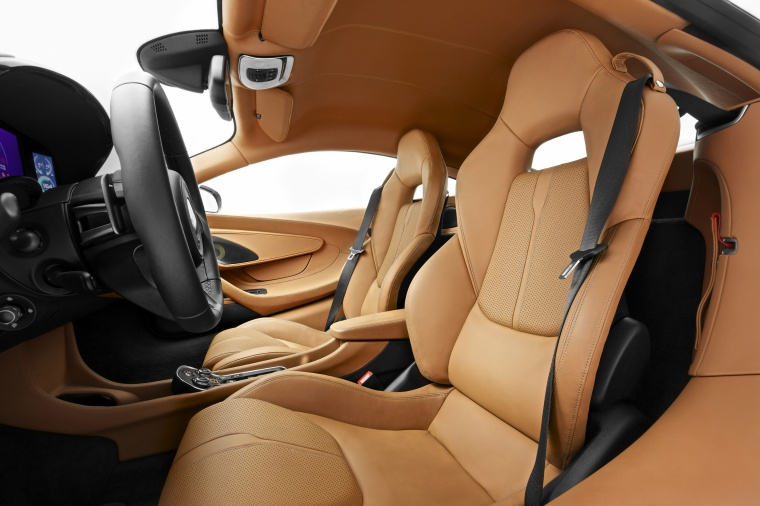 2016 McLaren 570S Coupe Front Seats Picture