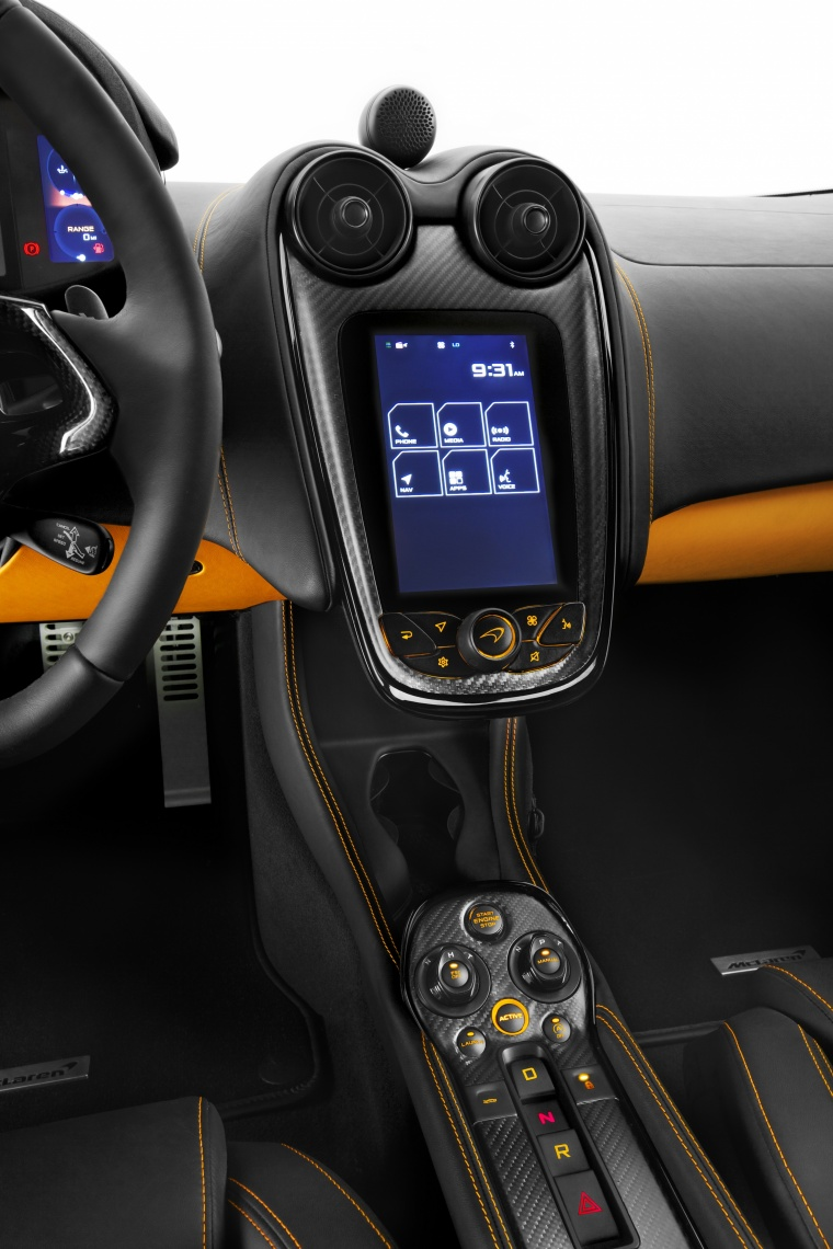 2017 McLaren 570S Coupe Center Stack Picture
