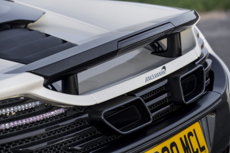 2016 McLaren 650S Coupe Rear Wing Picture
