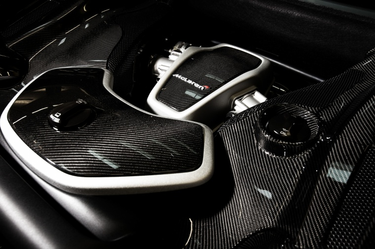 2016 McLaren 650S Coupe 3.8-liter V8 twin-turbocharged Engine Picture