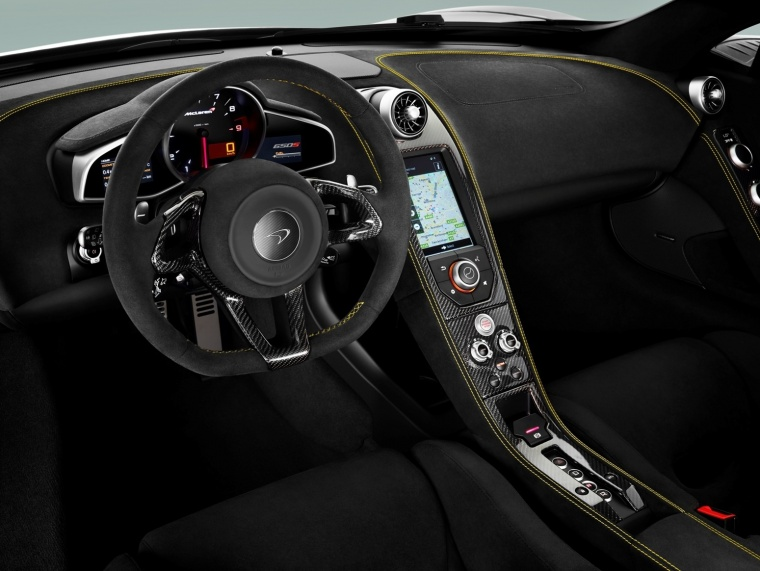 2016 McLaren 650S Coupe Cockpit Picture