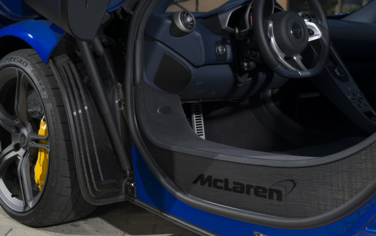 2016 McLaren 650S Spider Carbon Tub Picture