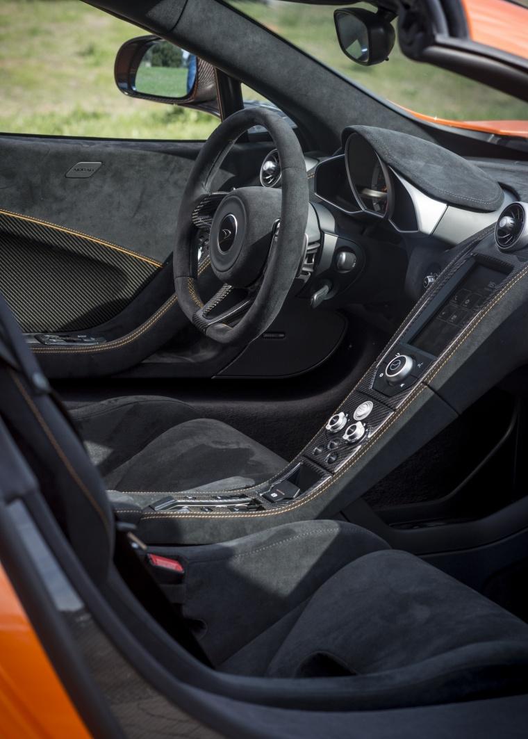 2016 McLaren 650S Spider Front Seats Picture