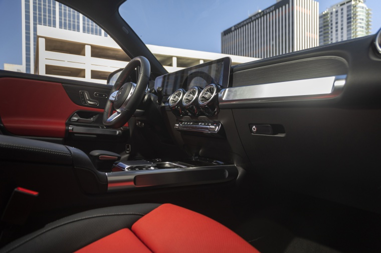 2020 Mercedes-Benz GLB 250 4MATIC Interior in Classic Red / Black