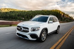 Picture of a driving 2020 Mercedes-Benz GLB 250 in Polar White from a front left three-quarter perspective