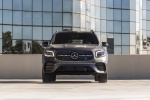 Picture of a 2020 Mercedes-Benz GLB 250 4MATIC in Mountain Gray Metallic from a frontal perspective