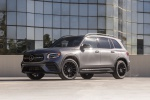 Picture of a 2020 Mercedes-Benz GLB 250 4MATIC in Mountain Gray Metallic from a front left three-quarter perspective