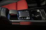 Picture of a 2020 Mercedes-Benz GLB 250 4MATIC's Multimedia Controls