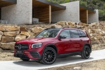 Picture of a 2020 Mercedes-Benz GLB 250 in Patagonia Red Metallic from a front left three-quarter perspective