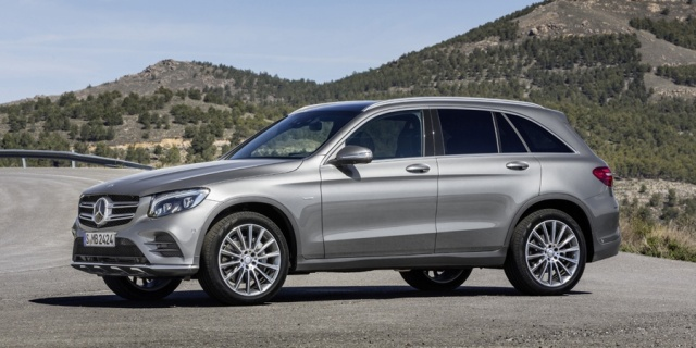 2016 Mercedes-Benz GLC-Class Pictures