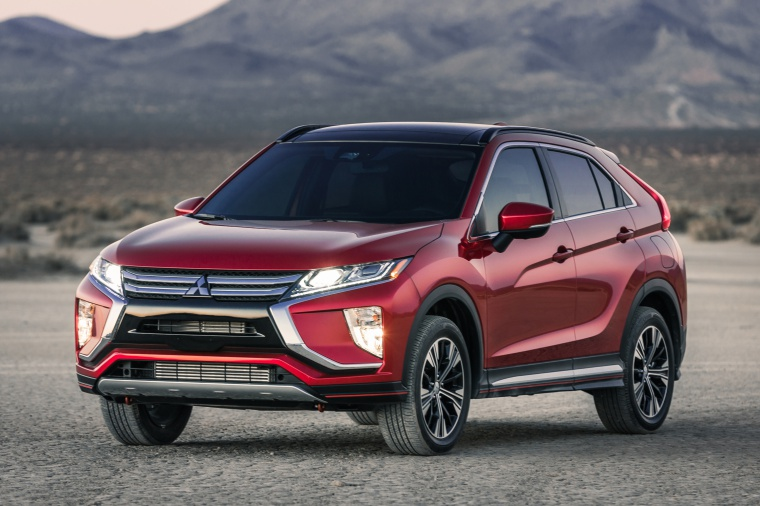Picture of a 2019 Mitsubishi Eclipse Cross SEL S-AWC in Red Diamond from a front left three-quarter perspective