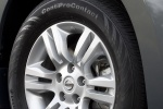Picture of 2010 Nissan Altima Hybrid Rim