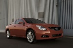 2011 Nissan Altima Coupe 3.5 SR in Red Alert - Static Front Right Three-quarter View