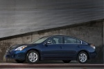 2012 Nissan Altima 2.5 in Navy Blue Metallic - Static Side View