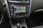Picture of 2013 Nissan Altima Sedan 3.5 SL Center Console
