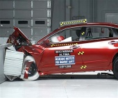 2014 Nissan Altima IIHS Frontal Impact Crash Test Picture