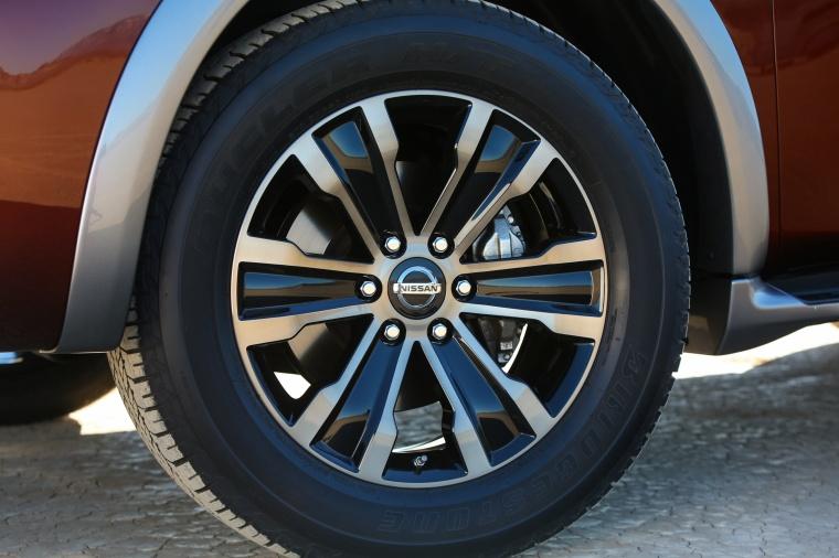 2018 Nissan Armada Platinum Rim Picture