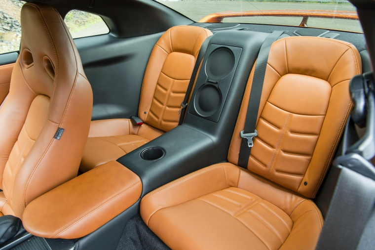 2017 Nissan GT-R Coupe Premium Rear Seats Picture