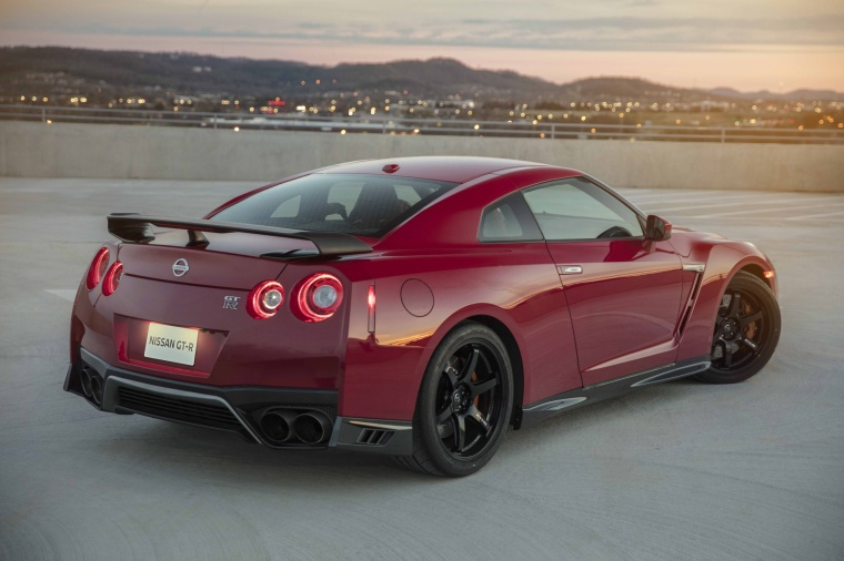 2017 Nissan GT-R Coupe Track Edition in Solid Red from a rear right three-quarter view