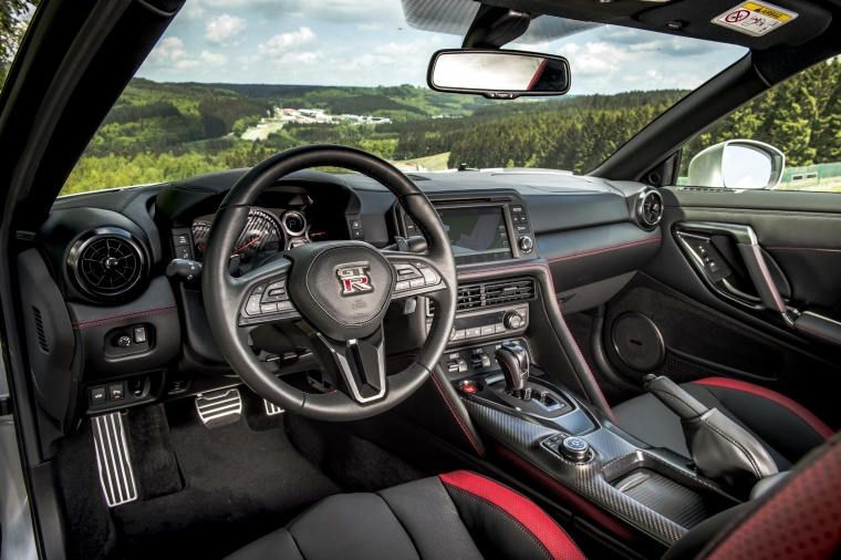 2017 Nissan GT-R Coupe Track Edition Interior Picture