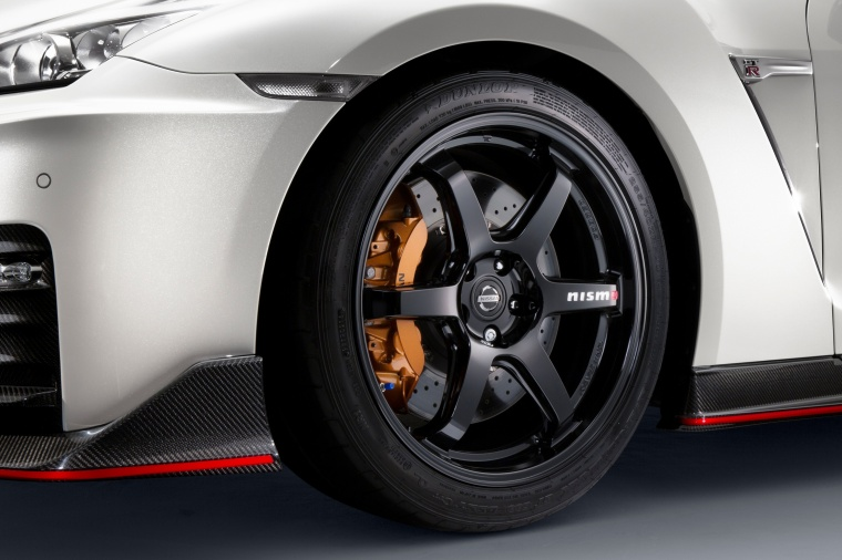 2017 Nissan GT-R Coupe NISMO Rim Picture