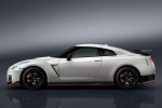 2017 Nissan GT-R Coupe NISMO in Pearl White - Static Side View