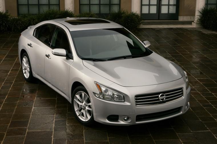 2011 Nissan Maxima Picture
