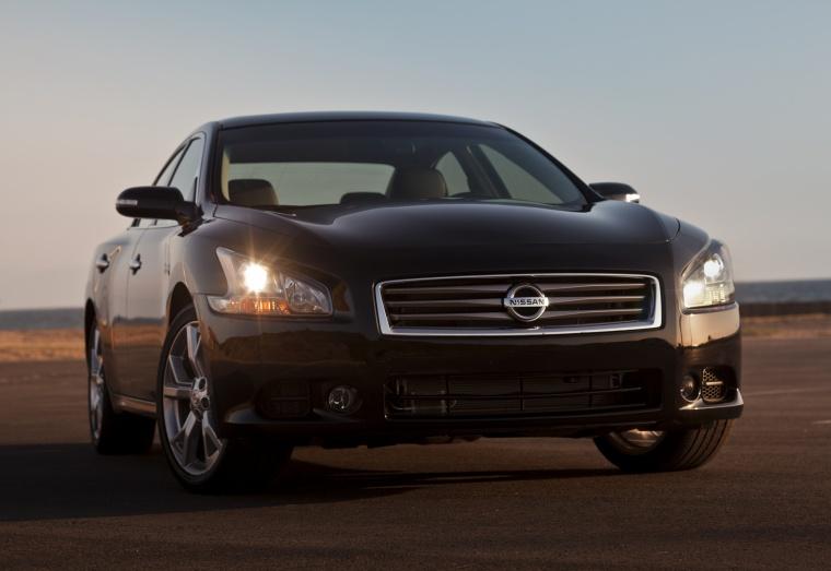 2012 Nissan Maxima Picture