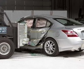 2012 Nissan Maxima IIHS Side Impact Crash Test Picture