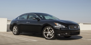 2014 Nissan Maxima Reviews / Specs / Pictures / Prices
