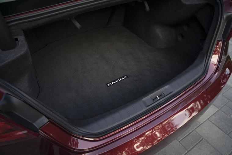 2016 Nissan Maxima Platinum Sedan Trunk Picture